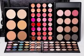makeup kits for makeup artists professional makeup kits april pro makeup academy