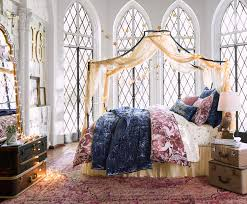 Harry Potter Bed Set by Pbteen U0027s New Harry Potter Collection Is Straight Up Magical