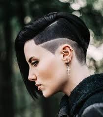 Suche Kurzhaarfrisuren F Frauen by Lange Haare Undercut Frisuren Frauen 2016 Undercut Frisuren