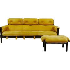 canape jaune cuir canapé style brézilien au cuir jaune 1960 design market
