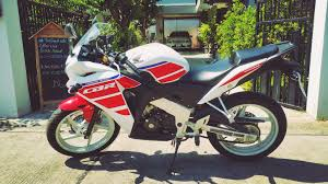 honda cbr 150cc bike mileage honda cbr 150 7 2016 only 5 month old and just 1 300 km