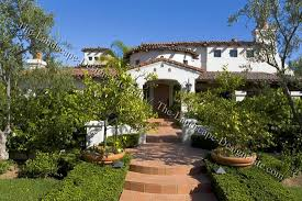 spanish courtyard designs spanish courtyard front entry planting ideas