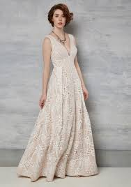 non traditional wedding dresses 20 stunning wedding dresses for nontraditional brides theberry
