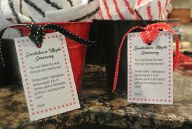 inexpensive party favors gifts from the kitchen easy party favors the painted apron