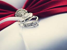 engagement ring etiquette engagement ring etiquette answering rather rude questions about