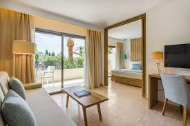 4 aparthotel in palmanova majorca hotel zafiro palmanova