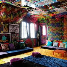 peace room ideas peace room with a black light and hookah this will probably be one