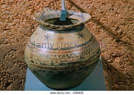 Clay Vase Painting Vase Painting Stock Photos U0026 Vase Painting Stock Images Alamy