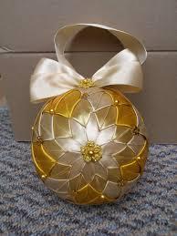 hcd002 baubles gold handmade decoration