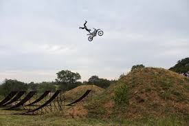 motocross freestyle riders mini flips and wheelies with jimmy hill fmx lw mag