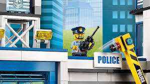 police lego city lego city explore city lego com keeps all the crooks behind bars and when they try to escape they never get far he s got the perfect plan for pursuit