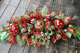 how to make a christmas floral table centerpiece others how to make a christmas centerpiece beauty ideas christmas