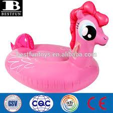 siege gonflable b mon grand tour de poney sur le flotteur géant gonflable piscine