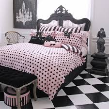 isn t this purple and hot pink eiffel tower paris themed bedding black and white rug idea room views teen bedding pink bedding dorm bedding teen comforters