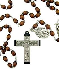 franciscan crown rosary praying the franciscan crown rosary lynne spalding ofs
