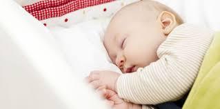humidificateur d air chambre bébé un humidificateur d air dans la chambre de mon bébé femme actuelle