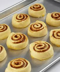 le coq cuisine cuisine cinnamon bun small 1 7oz