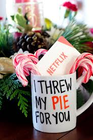 Gift Mugs With Candy Diy Netflix Coffee Mugs A Great Last Minute Holiday Gift Our