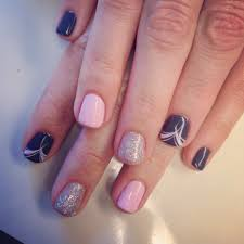 simple but cute gel polish design nails by the haute spot