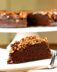 chocolate almond upside down cake daisy u0027s world