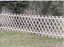 cloture jardin bois barrières châtaignier piquets clôture bois jardin portillon