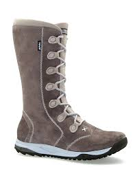 gear crush the serious winter boot you want to wear teva vero