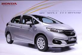 5 reasons why you should buy the new honda jazz hybrid carsome