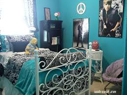 Jennifer Lopez Peacock Bedding Bedroom Jennifer Lopez Curtains Jennifer Lopez Jetsetter Duvet