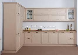 cuisine en bois blanc mortier de exotique et pilon meuble mural en bois blanc