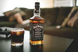 alcoholic drinks wallpaper jack daniels whiskey bottle glass alcohol wallpaper 4368x2912