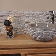 fontaine en pierre naturelle parement en pierre naturel marbre brut crème