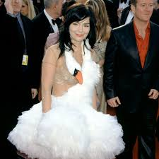 swan dress how björk s swan dress made fashion history racked