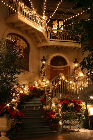 light hanging service professional decorators