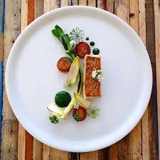 photo plat cuisine gastronomique snapper lauch chicorée scharlotten brunnenkressepüree