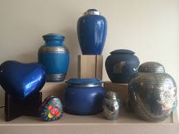 custom urns buying pet urns what to consider chartiers custom pet cremation