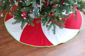 peppermint swirl christmas tree skirt 54 red and white