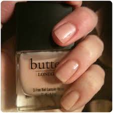 simple natural looking nail polish on small nail remodel ideas
