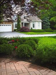 Front Curb Appeal - improve curb appeal with front yard landscaping