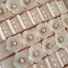 wedding chocolates 65 best decoratedchocolates images on chocolates