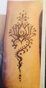 collection of 25 henna designs