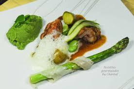 cuisiner le ris de veau ris de veau purée petits pois ricotta asperge au lard de colonnata