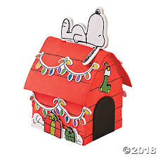 snoopy on his dog house 3d snoopy s christmas dog house craft kit