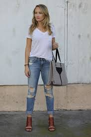 What To Wear With Light Jeans Distress Me U2013 The Style Editrix