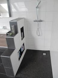 badezimmer mit dusche bw kleines bad dusche wandverkleidung ideen kogbox