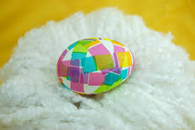 play decorated eggs play eat grow