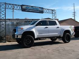 2007 2017 toyota tundra 6 8 inch suspension lift kit
