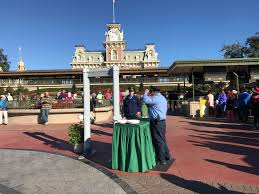 thanksgiving week at disney world photos new security screening procedures in place at the magic