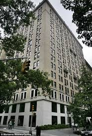 actors plummet eight floors in falling elevator after janie jones