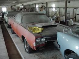 Muscle Car Barn Finds 272 Best Barn Find Images On Pinterest Barn Finds Abandoned