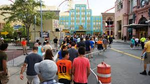 universal orlando halloween horror nights review how to get early admission to halloween horror nights 2017 at